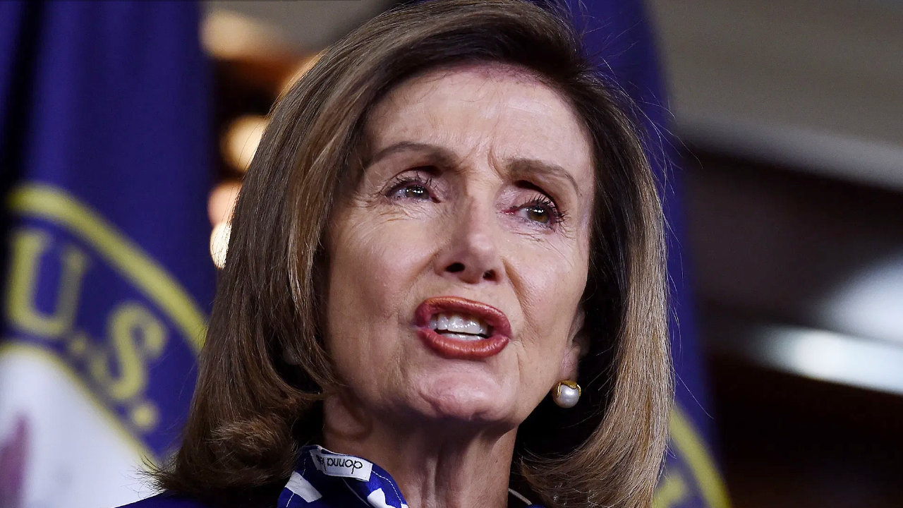 "Нанси Пелоси помолена да коригира ""вредните"" разпоредби за криптовалута в инфраструктурата"