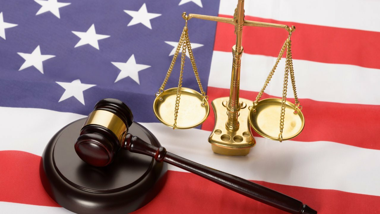 Amerykańskie wyroki sądowe Założyciel funduszu hedgingowego kryptowalut na 7.5 roku w więzieniu