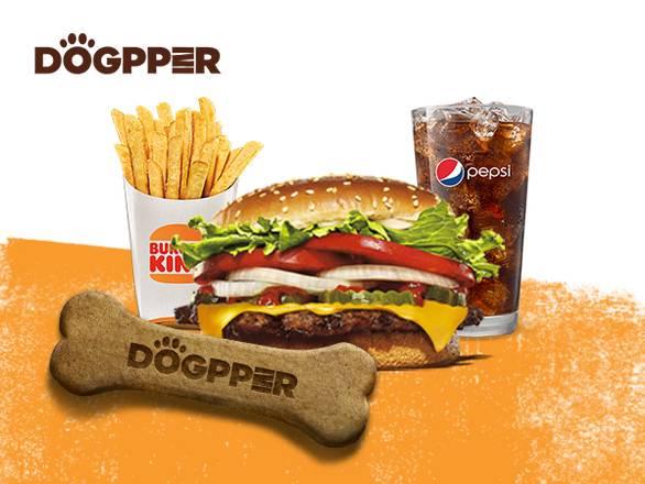 Pelanggan Burger King dari Brazil kini boleh membeli biskut anjing berperisa daging dengan Dogecoin