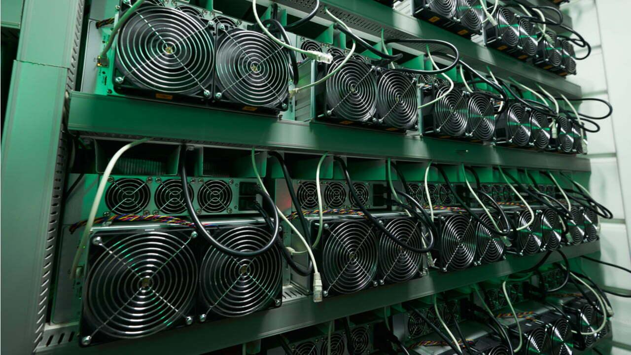 Abchazië neemt 6,000 mijnbouwapparatuur in beslag, maar slaagt er niet in om cryptomining te verstoren