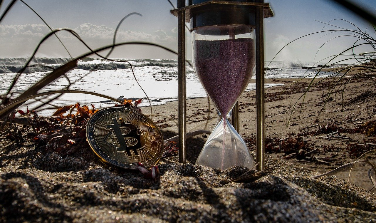 Czy Bitcoin naprawdę może przejąć globalne finanse do 2050 roku?
