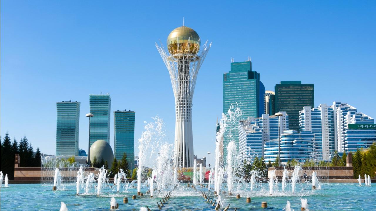 カザフスタンにさらに2,500人のビットコインマイナーを配備するためのビットマイニング