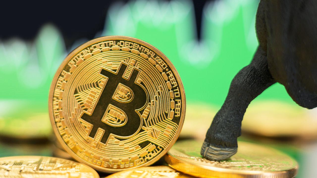 Hinuhulaan ng analyst na si Mike McGlone ang 'Refreshed Bull Market' para sa Bitcoin, Pagpunta sa Presyo Patungo sa $ 100K