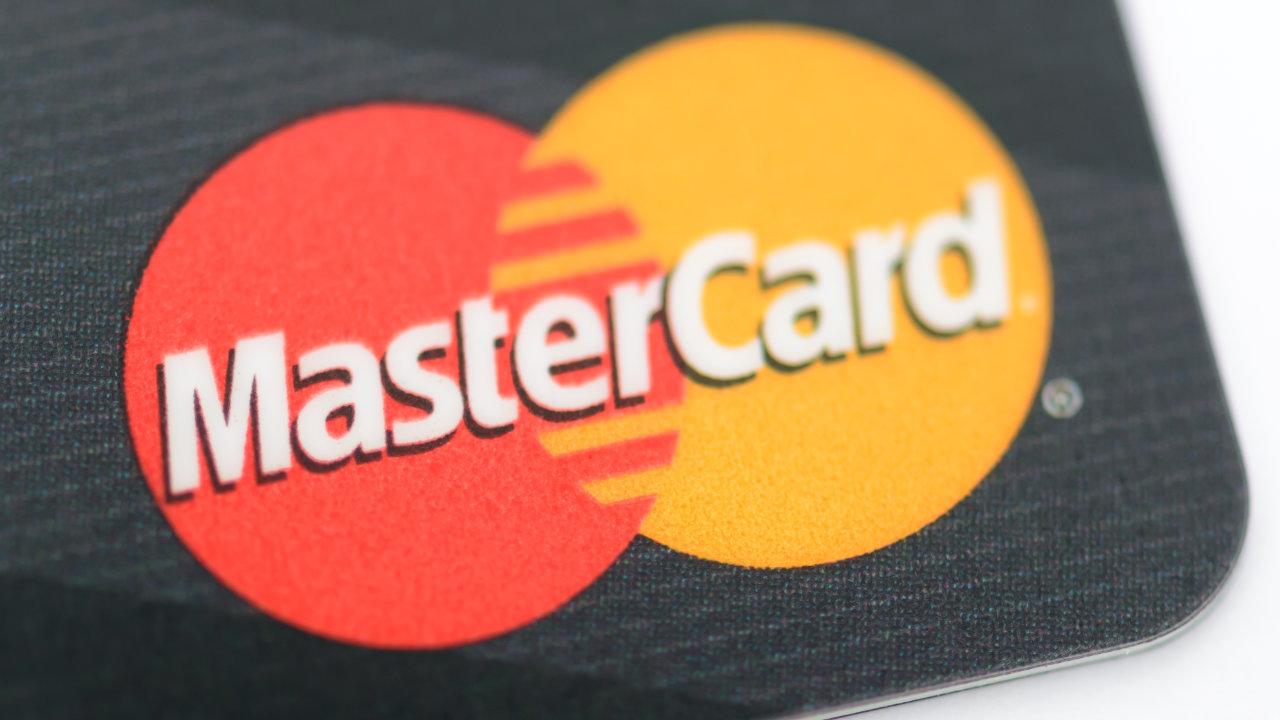 Mastercard začenja globalni program za pomoč startupom v kriptovalutah, da povečajo svoje inovacije