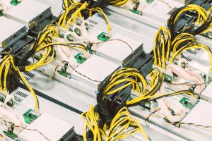 Vergisiz Bitcoin Madenciliği, Robinhood Nasdaq'ta Başladı + Daha Fazla Haber 101